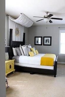 Kocham ten baldachim nad łóżkiem!