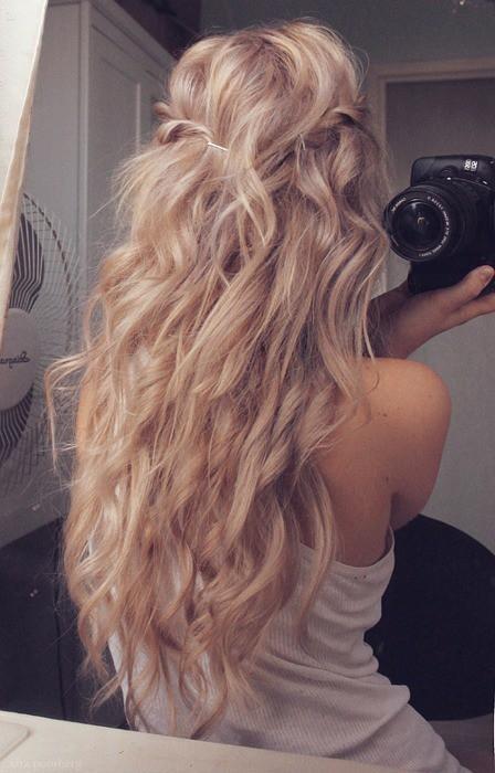 długie włosy, blond,