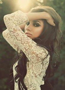 Koronka, włosy, makijaż ♥