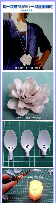 róża z łyżek