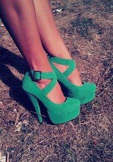 Zielone, zamszowe szpilki <3