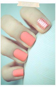 paznokcie pomarańczowy mat