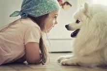 dziecko i pies :)slotko :*