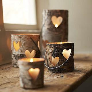 świeczniki z drewna.