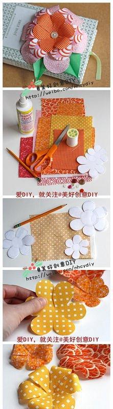 kwiatuszki papierowe na kartce