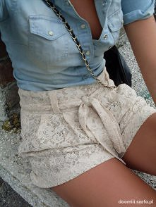 jeans i koronka