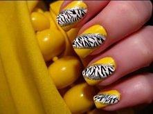 żółte