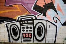Muzyka - bo to siedzi w każdym z nas ;)