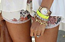 biżuteria - uwielbiam pod każdą postacią:)