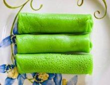 Zielone naleśniki- do zwykłego ciasta zmiksuj pęczek ziół (pietruszka, bazyli...