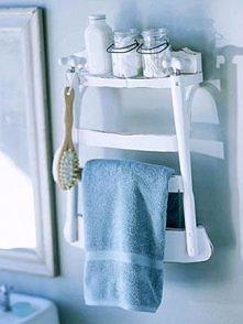 Wieszak łazienkowy z krzesła