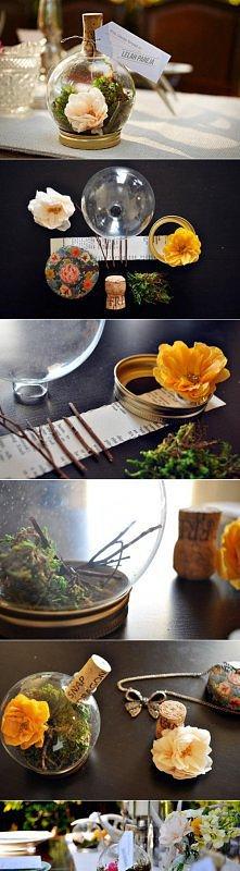 Buteleczka z kwiatami.