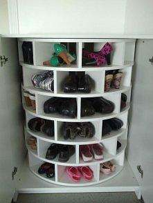 obrotowa szafka na buty :)