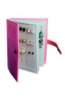 książka z biżuterią :)