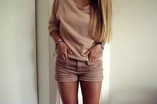 Nude outfit
