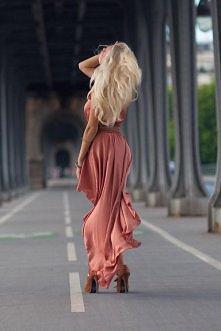 stylowo - sukienka:)