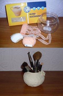 Pojemniczek na pędzelki do makijażu :)