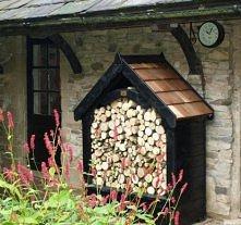uroczy domek na drewno