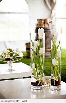 Dekoracja z kwiatów - świet...