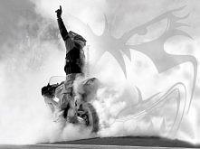 """""""...Przez motocykle br..."""