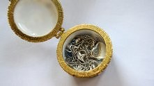 jak czyścić srebrną biżuter...