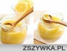 Krem cytrynowy ok. 2 szklanki: 3 cytryny (skórka i sok) 3 jajka 100 g cukru 100 g masła (bardzo zimnego) Cytryny sparzyć i wyszorować szczoteczką, osuszyć. Zetrzeć skórkę na tar...