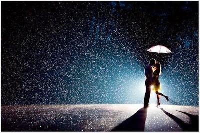 """""""Poczekaj na kogoś, kto zobaczy w Tobie to, co najlepsze. I kto stanie się nieodłączną częścią Twojego życia. Poza sobą macie nie widzieć świata. Wiesz jak to się nazywa? Miłość. Prawdziwa, szczera, dojrzała, która przetrwa wszystko i wszystkim będzie..."""""""