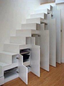 funkcjonalne schody/schowki