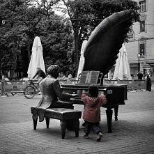 'Tylko w muzyce odnajd...
