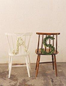marzy mi się takie krzesło, pomalowałabym na jakiś pastelowy kolor :)