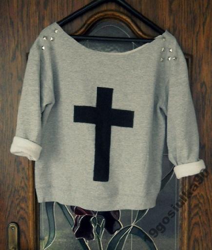 Bluza ćwieki krzyż