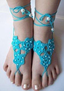 ozdoba na stopy-turkusowe kwietki