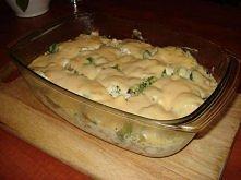 Zapiekanka z brokułami w so...