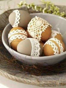W koronkach na Wielkanoc.
