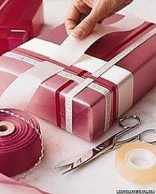 pakowanie prezentu