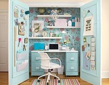 Mini-office room.