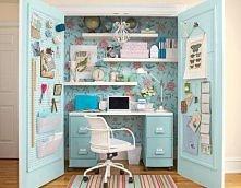 Mini-office room.