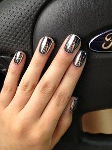 ...pomysł na sylwestrowe paznokcie