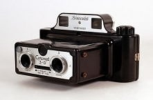 The Coronet 3-D is a stereo camera that was manufactured in England c1954. It...