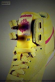 Sport+Yellow+Flowers=REEBOK  ;D