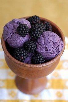lody z jogurtu i jeżyn, prz...