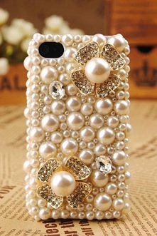 pearl phone case...yes, please~!