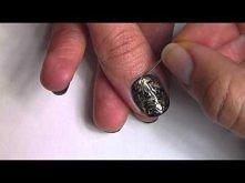 Liquid Gold Needle Marble Manicure