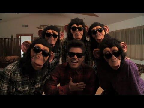 Bruno Mars - The Lazy Song [OFFICIAL VIDEO] <333