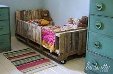 łóżko z europalet