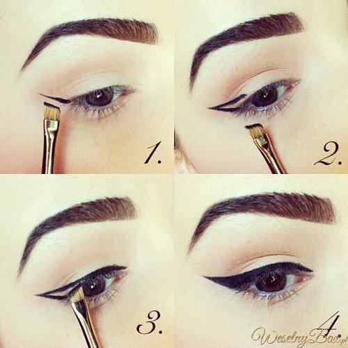 idealna kreska eyelinerem - cat eye- przy pomocy pędzelka