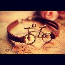 dla fanek jazdy na rowerze :)