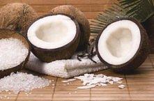 Piling do ciała kokosowo-waniliowy   Składniki:  łyżka wiórek kokosowych, łyż...