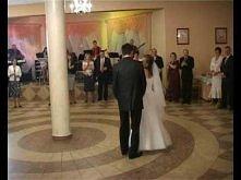 pierwszy taniec weselny Gosi i Arka + niespodzianka