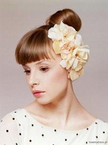 Kwiaty do włosów Eldie The Weddie